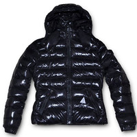 Moncler Outlet Factory Stores