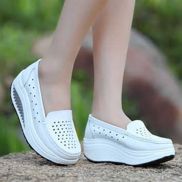 Summer 2017 women&'s shoes genuine leather breathable shoes swing female shoes platform  nurse  work