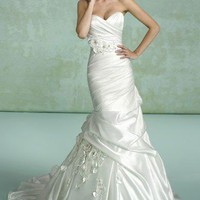 Mermaid Sweetheart Chapel Train Taffeta Handmade Flower Wedding Dress WTM02836