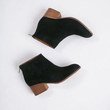 Seychelles Black Floodplain Suede Boots