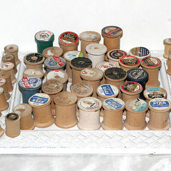 Over 50 Empty Wooden Thread Spools for Crafts Random Sizes Small Medium Large | Make Sewing Themed Wreath | Wreath Making