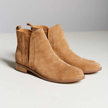 Poppy Chelsea Boot - Urban Outfitters