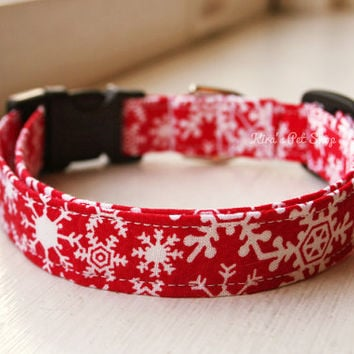Handmade Dog/Cat Collar - Red Snowflake Holiday Dog Collar - Adjustable Buckle Fabric Dog Accessory - Pet Accessories - Breakaway Cat Collar
