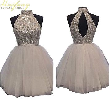 White Prom Dresses Tulle Halter Graduation Dresses with Sequins Beadings Backless Homecoming Short 15 Year Dresses Custom Made