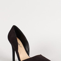 Breckelle Faux Suede Pointy Toe Sweetheart Pump Color: Black, Size: 5.5