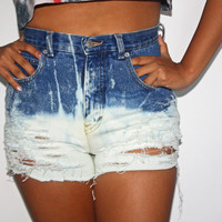 Bleach wash High Waisted Shorts