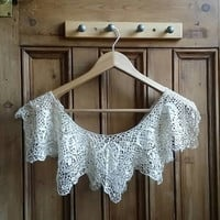 Vintage lace collar bib  ladies collars feminine cream beige womens floral clothing preppy lacy clothes craft supply Dolly Topsy Etsy UK