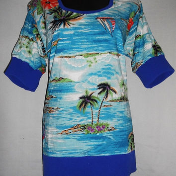 Vintage 80s Hawaiian Print Beach Island All Over Print Summer Sailboats Blue Ocean Shirt blouse women
