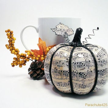 MUSIC PUMPKIN Beautiful Fall Decor