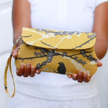 Wristlet clutch - Sparrow in vintage yellow with detachable wrist strap