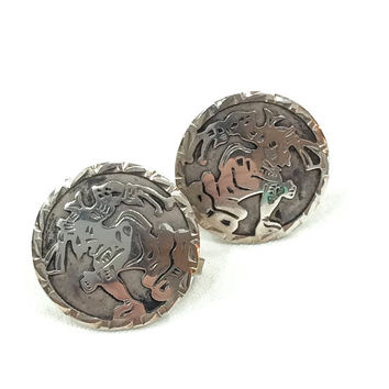 Sterling Silver Tribal Earrings, Button / Disc Earrings, Mayan Warriors, Screw Back, Boho Jewelry, Mexican Jewelry, 1940s 1950s, Vintage
