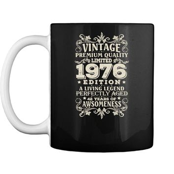 Vintage Made In 1976 - 42 Years Old Shirt 42nd Birthday Gift Mug