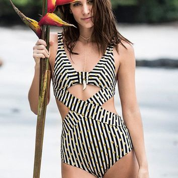 ONDADEMAR Amapola Cutout One Piece