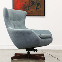 Vintage Swivel Egg Style Chair