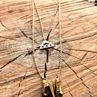 WHISPERING FALLS NECKLACE IN GOLD