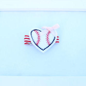 Baseball Hairbow, Baseball Heart Clip, Girls Sports Hair Clips, Baby HairClips, Baseball Hair Bow, Baby Headband, Clippies, Baby Hairbows,