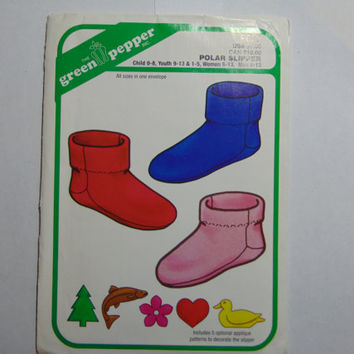 The Green Pepper Sewing Pattern F837 Polar Slippers Child Youth Women Men