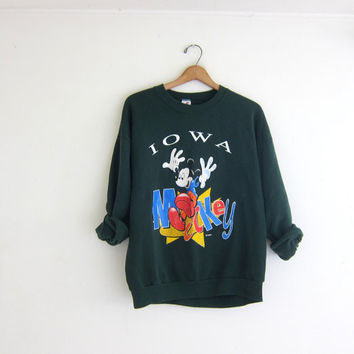 Vintage green Mickey Mouse Sweatshirt / oversized loose fit Iowa sweatshirt