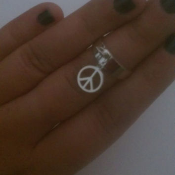 Bohemian Hippie Peace Charm Mid Finger/ Knuckle Midi Ring