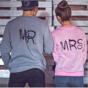Couples dress with cashmere sweater back stamp size long sleeved sweater