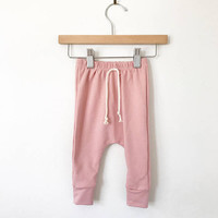 Baby joggers // Organic leggings in blush // girls pants // baby clothes // drop crotch pants // toddler leggings // toddler pants