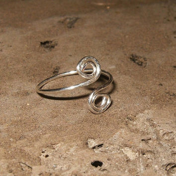 Spiral Sterling Silver Toe Ring by wrappedandwired on Etsy
