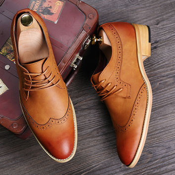 2017 New Mens British Style Brogue Casual Leisure Wingtip shoes