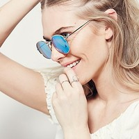 Womens Far Out Round Sunnies