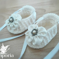 Free shipping! crochet baby slippers, crochet baby booties, 6m