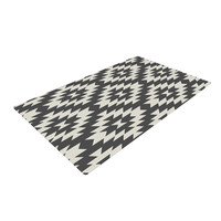 "Amanda Lane ""Navajo Black Cream"" Tribal Geometric Woven Area Rug"