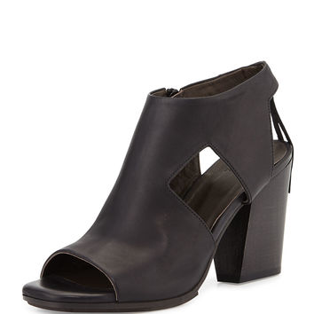 Dia Cutout Leather Sandal, Black (Ringo) - Coclico
