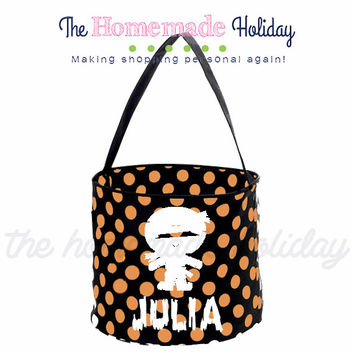 Personalized Halloween trick or treat bag- Mummy halloween trick or treat bucket