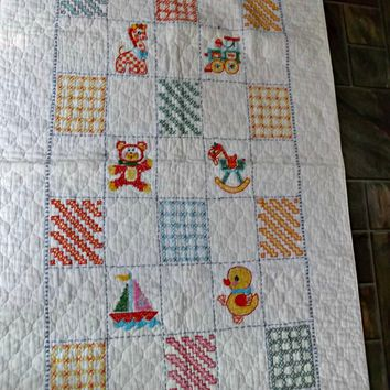 Vintage Hand Embroidered Nursery Crib Bed Quilted Coverlet