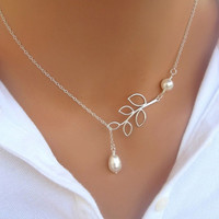 hot sale  new  Fashion Chain  length  about  53cm  Leaves Short Necklace  Elegant   Classical   Silver Plated  Romantic   Pearl Clavicle Chain Charm Jewelery  fashion  Accessories    Drop Shipping [7861365639]