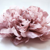 Handmade dusty pink silk flower fascinator