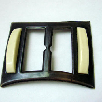 Art Deco 1930s Brown & Ivory Celluloid Modernist Dress Slide Buckle / Vintage Fashion / Vintage Sewing