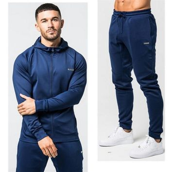 2018 brand sporting suit men warm hooded tracksuit track polo men's sweat suits set letter print large size sweatsuit male 2XL
