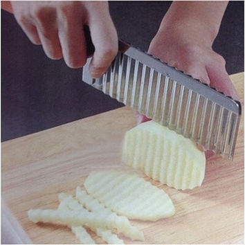 Potato Wavy Edged Knife Stainless Steel Kitchen Gadget Vegetable Fruit Cutting Peeler Cooking Tool Accessories [8045602567]