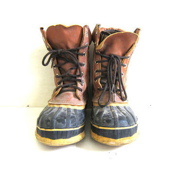 Vintage Tall Brown Leather and Rubber Duck Boots - mens Size 8