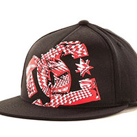 DC Shoes Gil Flatbill Stretch Fit Black & Red Hat Cap Size S/M