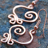 Small Copper Celtic Heart Earrings by Karismabykarajewelry on Etsy