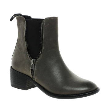 ASOS AZORA Leather Chelsea Ankle Boots