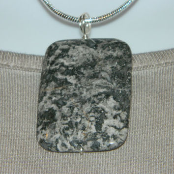 85ct. Black and Gray Stone, Semi Precious, Agate, Pendant, Necklace, Rectangle, Natural Stone, 127-15
