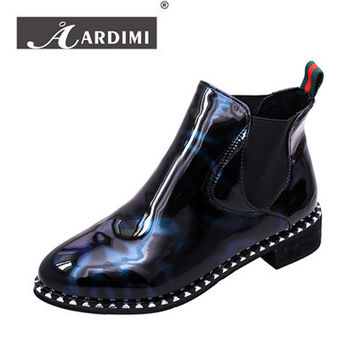 NEW women ankle boots fashion slip-on motorcycle boots mixed colors flats winter shoes casual Chelsea boots mujer rivets shoes