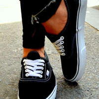 Vans Atwood Low Women's Black Canvas Skate Shoes