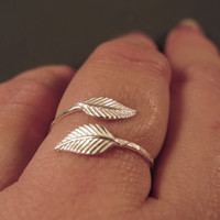 Adjustable ring, sterling silver leaf open ring - Nature inspired