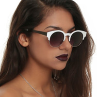 White Metal Wire Rim Sunglasses