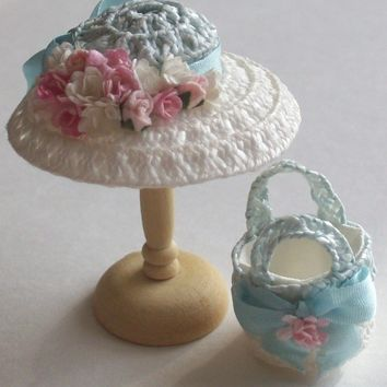 Handmade 1/12 miniature dollshouse pale blue/ivory straw hat and bag