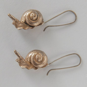 ERS CREATIVE Large Snail Earrings