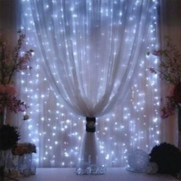 AGPtEK [UPDATE VERSION] 9.8ft 300 LED Weatherproof Freeze-proof Outdoor String Light Curtain Light for Christmas Xmas Wedding Party Home Decoration - White